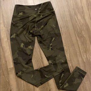 lululemon athletica Pants & Jumpsuits - Lululemon camo leggings